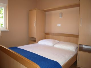 Apartment 1 (2+2)
