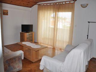 Apartman 2 (A6+2)