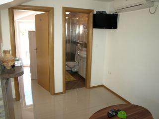 Apartment 6 (2+2)