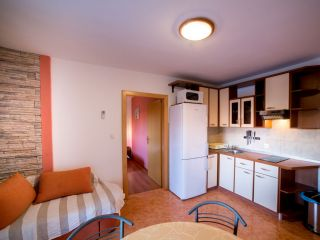 Apartman E (A4+1)
