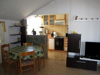 Apartman 3 (A6+2)