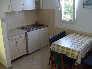 Apartman 2 (A4+2)