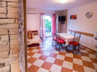 Apartman D (A4+2)
