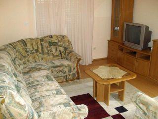 Wohnung 2 (A2+2)